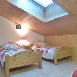 chambre-lits-simples-appartement-beaufortain