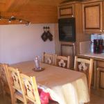 salle-à-manger-cuisine-appartement-améria